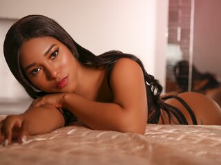 CorinaBeil shows cam nude